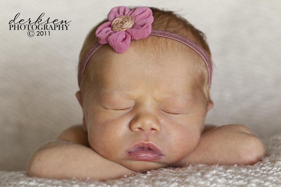 Zoey 10 Days Old Derksen Photography