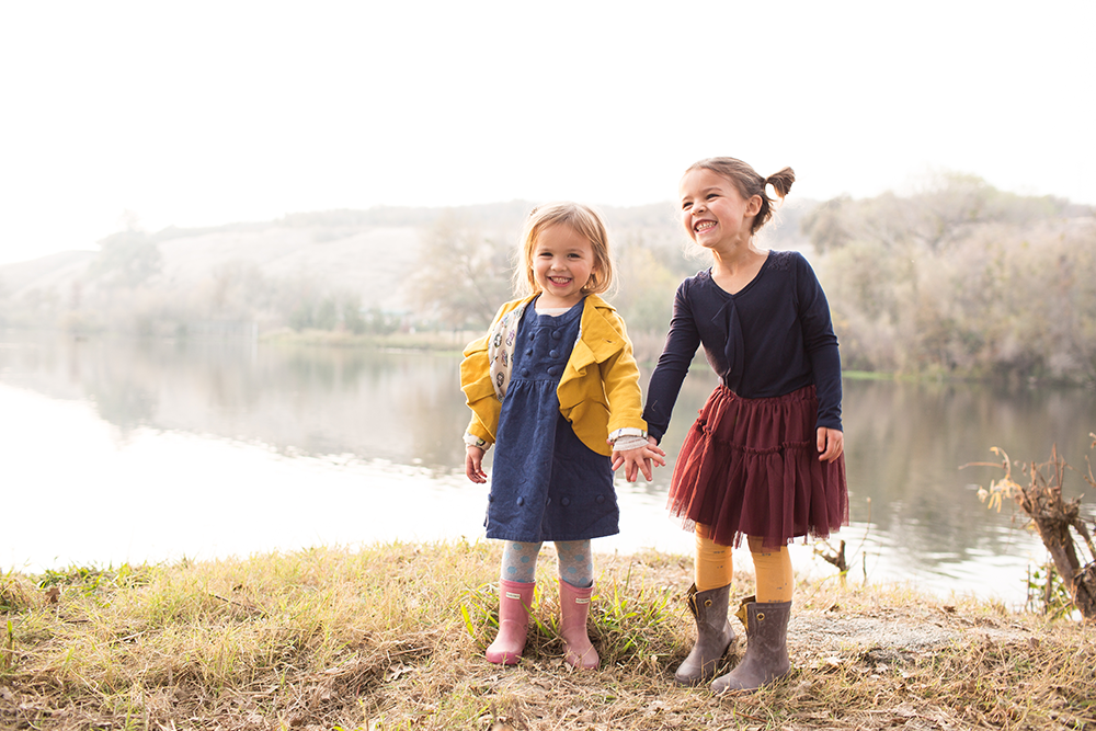 sisters-lake-outdoor-fall-1